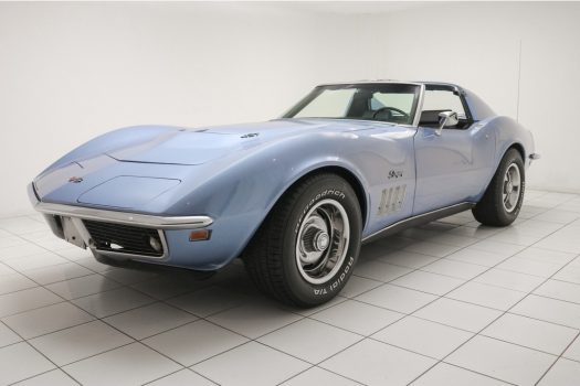 Chevrolet Corvette C3 Stingray Targa Lemans Blue 1969 26