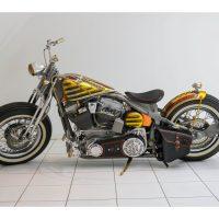 Harley-Davidson  2002 1