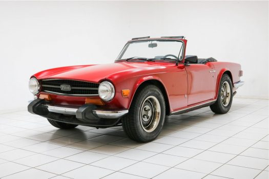 Triumph TR6 Convertible French Blue 1974 33