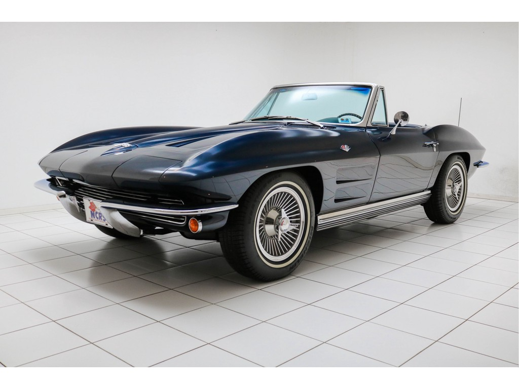 Occasion Chevrolet Corvette Daytona Blue C2 Sting Ray Convertible 1964