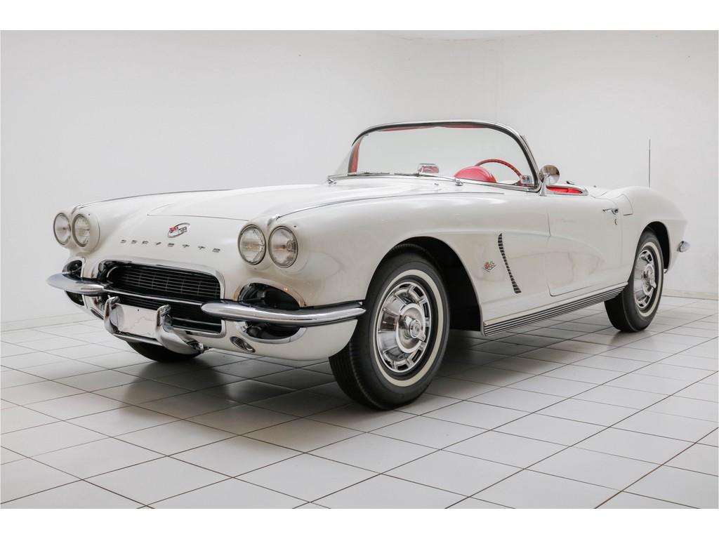 Occasion Chevrolet Corvette Ermine White C1 Convertible 1962