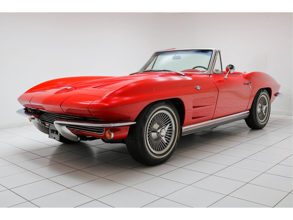 Occasion Chevrolet Corvette Riverside Red C2 Sting Ray Convertible 1964